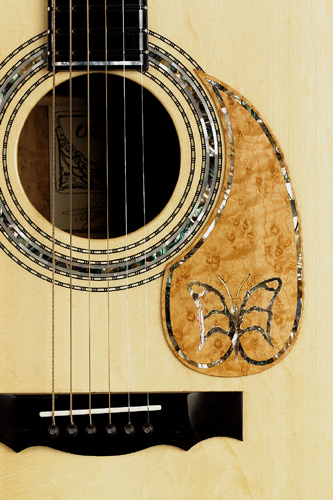 Kehlet Concert Deluxe - inlays in rosette and pickguard