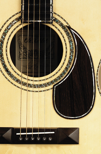 Kehlet Folk Deluxe - inlays in rosette and pickguard